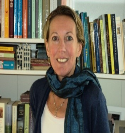 Dr. Nicky Rosa Maria Pouw